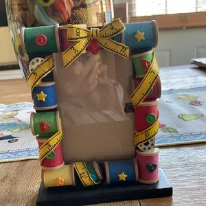 Cute sewing detailed frame
